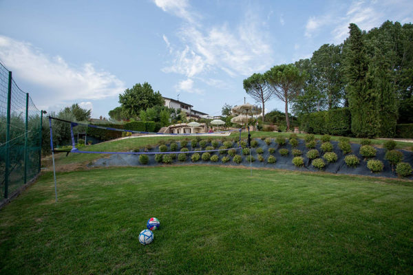 Casa-Vacanze-Usignolo-Umbria-Campo-Pallavolo